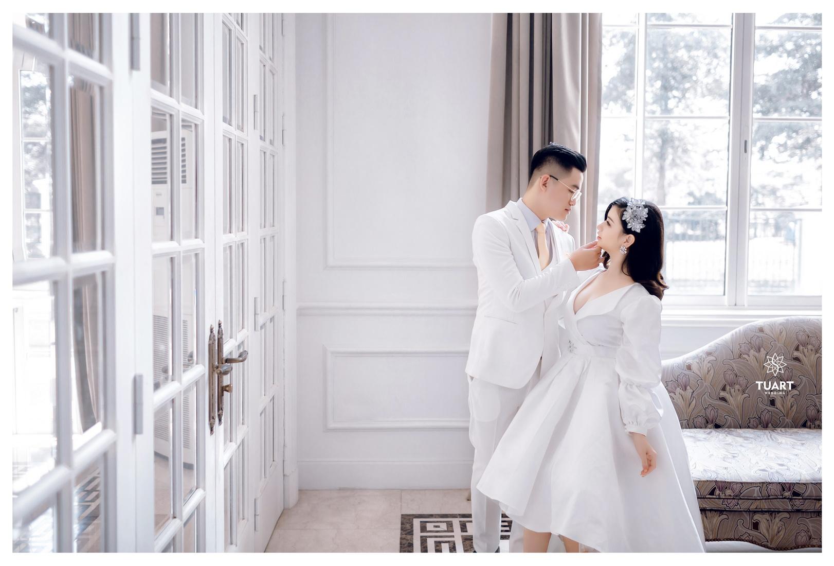 Album ảnh cưới đẹp Biệt thự hoa hồng